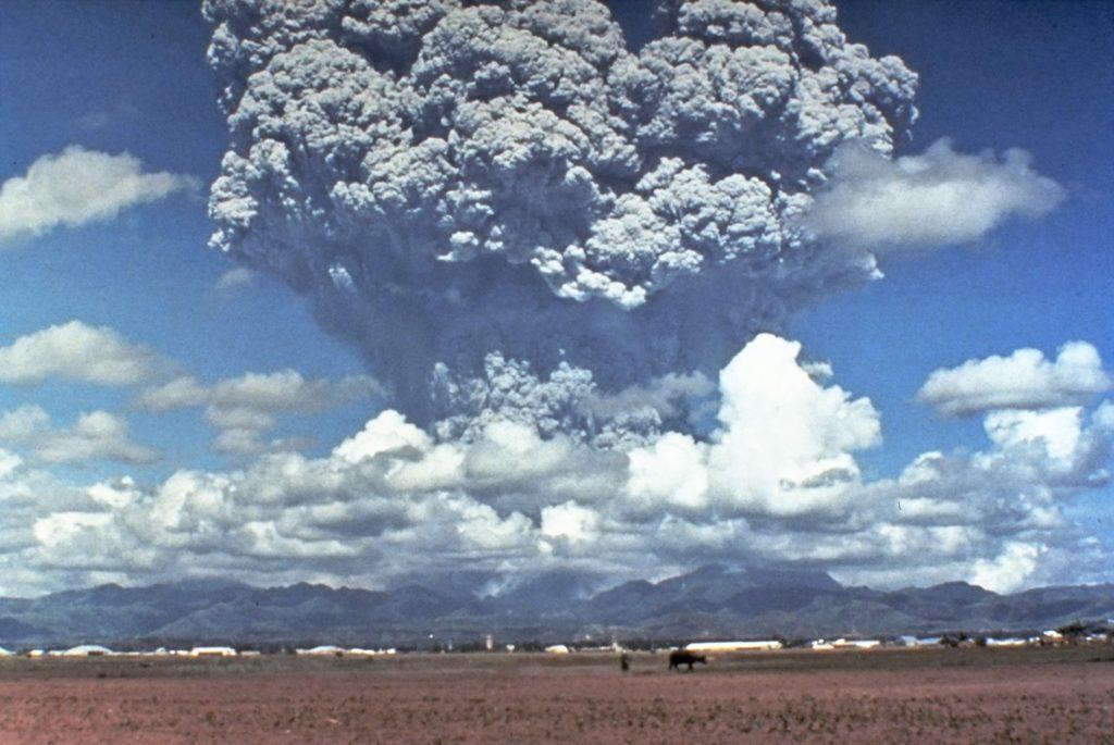 ピナツボ山の噴火