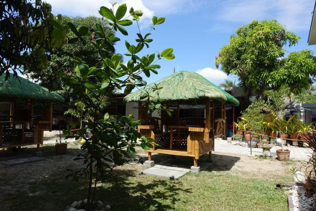 竹作りの小屋 バハイクボ