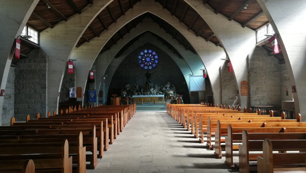 教会 内装